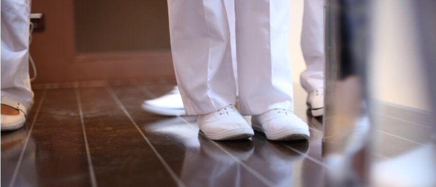 Finding the Best Nursing Shoes