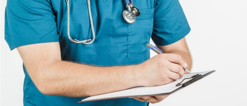How to Properly List Your Nursing Credentials